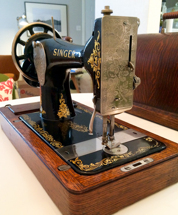 Cleaning And Operating A 40YearOld Sewing Machine Lindsay Woodward Beauteous 100 Year Old Singer Sewing Machine Value